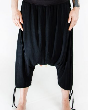straight edge pant front view